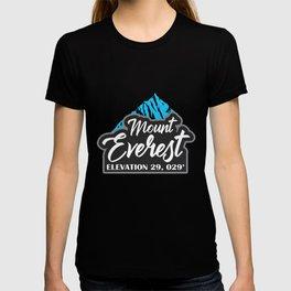 Mount Everest Hiker Gift Mountaineer Climber T-shirt