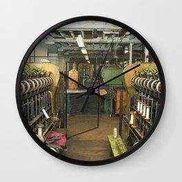 Loom ing Wall Clock