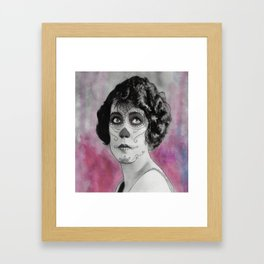 ochenta y cinco Framed Art Print