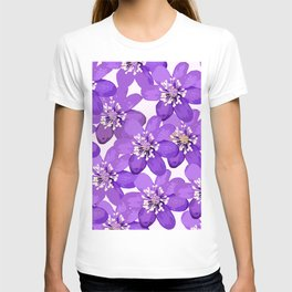 Purple wildflowers on a white background - spring atmosphere T-shirt