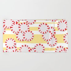moves in red and yellow parts Beach Towel