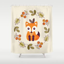 LITTLE FOX WITH AUTUMN BERRIES Shower Curtain