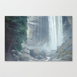 Mist Falls in Yosemite National Park Canvas Print