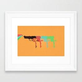 No huyas cobarde Framed Art Print