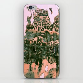 Discovering what is arround V iPhone Skin