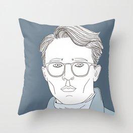 Gendre idéal Throw Pillow