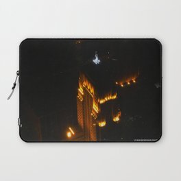 Chicago's Goddess of Grain (Chicago Architecture Collection) Laptop Sleeve
