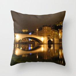 The Bonaparte bridge Throw Pillow