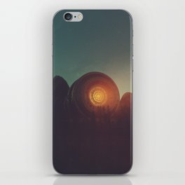 UNCOVER_ iPhone Skin