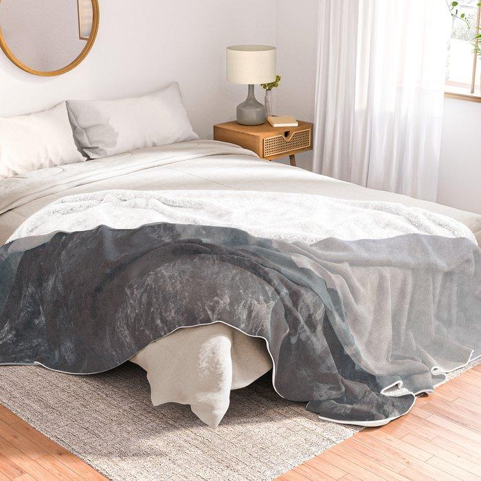 Calm - landscape photography Throw Blanket