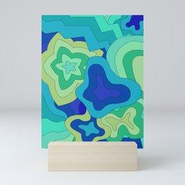 groovin' to the blue  Mini Art Print