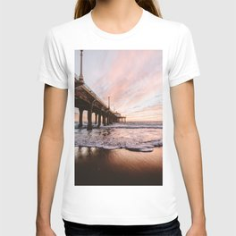 MANHATTAN BEACH PIER T-shirt