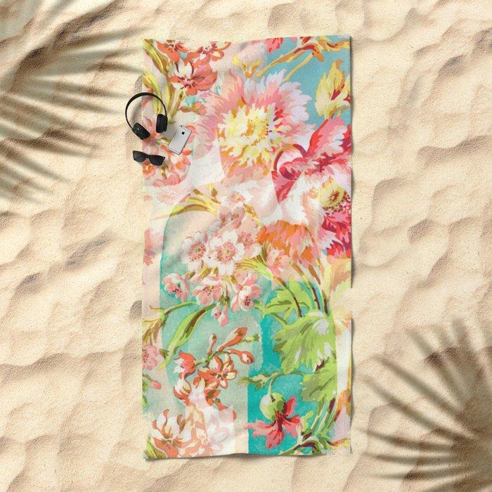 hide and seek floral Beach Towel