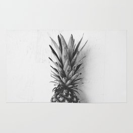 Black and white pineapple Rug