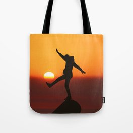 She Kicks the Sun (Color) Tote Bag