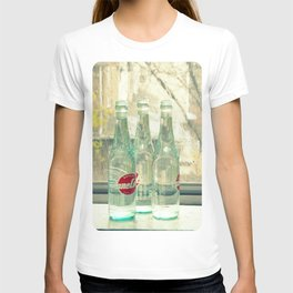 rainy day ~ vintage soda bottles T-shirt