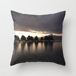 Polynesia Quiet Throw Pillow