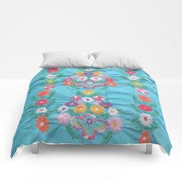 Laverne Comforters