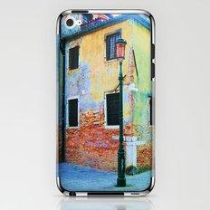 L'edificio è Felice iPhone & iPod Skin