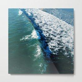Curved Wave Metal Print
