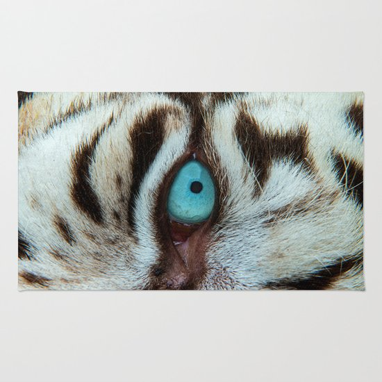 WHITE TIGER BEAUTY Rug