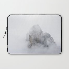 Clouds in Huangshan Laptop Sleeve