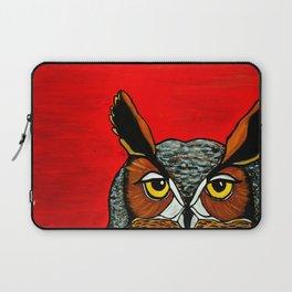 Peaking - Great Horned Owl Laptop Sleeve