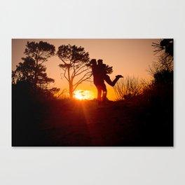 A glorious embrace Canvas Print