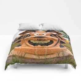 The Cowardly Lion, Bernstein Park, Monroe, LA. Comforters