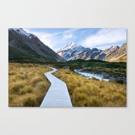 Mt.Cook New Zealand - A hikers dream Canvas Print
