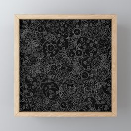 Clockwork B&W inverted / Cogs and clockwork parts lineart pattern Framed Mini Art Print
