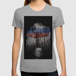 Trump Under The Russian Cloud. When it rains, it pours. T-shirt