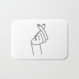 Love Finger Snap Bath Mat