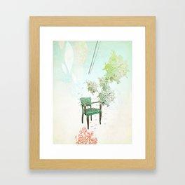Esperando Framed Art Print