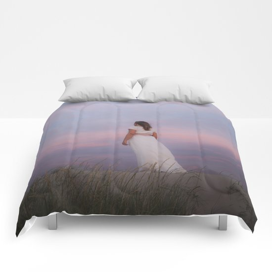Sunset in the dunes Comforters