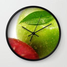 Fresh red and Green Appel in contrasts Wall Clock