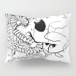 Skull (Pushing Up Daisies) Pillow Sham