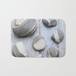 Clovelly Pebbles Bath Mat