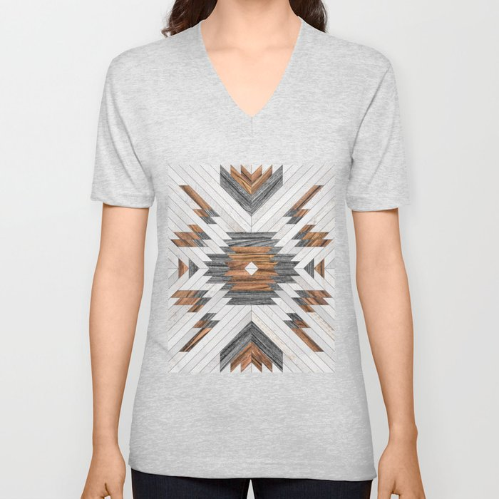 Urban Tribal Pattern No.8 - Aztec - Wood Unisex V-Ausschnitt