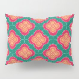 Pretty Chain Lozenge Pattern in Pinks on Teal Pillow Sham