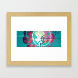 León Framed Art Print