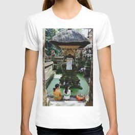 Water Temple in Ubud, Bali | Travel photography | Printable photo for you wall | Indonesia T-shirt