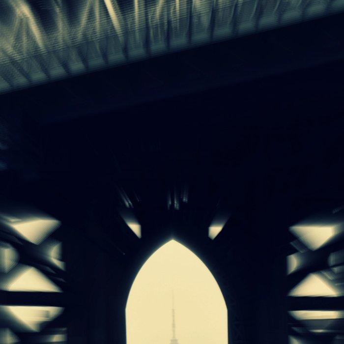 Under the bridge Leggings