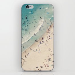 beach love V iPhone Skin