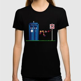 Doctor Who: tardis wardrobe  T-shirt