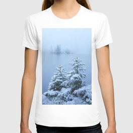 Foggy winter lake and spruce trees T-shirt