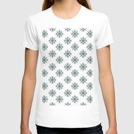 Snowflakes (Dark Green & White Pattern) T-shirt
