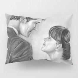 Love Stare Pillow Sham