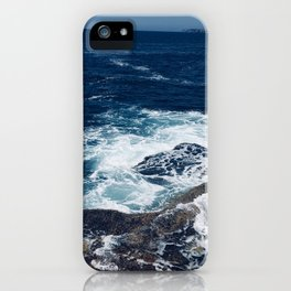 Waves hitting rocks, Clovelly Beach, NSW, Australia iPhone Case