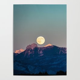The Rising Moon Poster